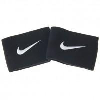 Nike jalgpalli kaitsmete hoidjad